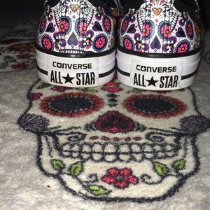 Sugar/Skull Converse Sneakers New WO Box